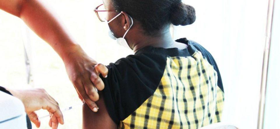 CCTH Vaccinates staff against COVID-19